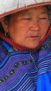 Latitude180-vietnam-bac-ha-2016-sunday-market-etnia-hmong-flower16
