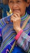 Latitude180-vietnam-bac-ha-2016-sunday-market-etnia-flower-hmong70
