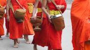 Latitude180-Luang-Prabang-2016-Cerimonia-elemosine-tak-bat3