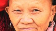 Latitude180-vietnam-sapa-2016-etnia-dao-rossi-venditrice9