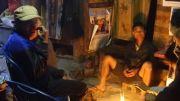 Latitude180-laos-phongsali-trek-villaggi-akha-casa-tradizionale-interno