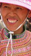Latitude180-vietnam-bac-ha-2016-sunday-market-etnia-flower-hmong24